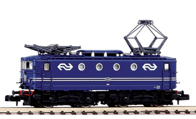 locomotive electrique PIKO N Loco Elect. Rh1100 Son